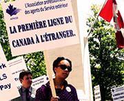 Posible fin de la huelga en embajadas canadienses