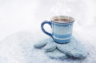 En el invierno, los tés, el café y el chocolate caliente son recurrentes en la mesa.