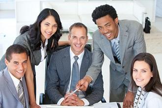 Existen técnicas para lograr una comunicación profesional efectiva en contextos multiculturales.