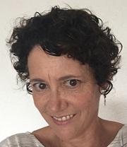 Jennifer Brunk, educadora y lingüista.