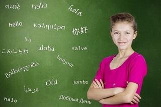 Bien estimulados, los niños pueden llegar a ser políglotas.