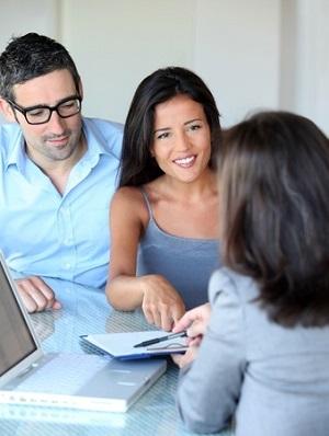 Los especialistas en inmigración saben encontrar el programa de inmigración más adecuado para su cliente.
