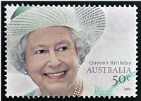 La reina Isabel II de Inglaterra es reina de Australia.