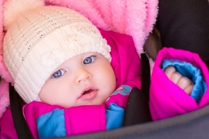 Es aconsejable revisar frecuentemente la temperatura corporal de los más pequeños.