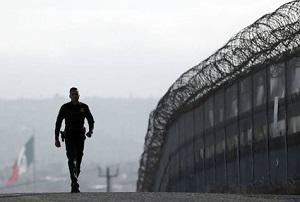 En la frontera entre México y Estados Unidos ya hay más de mil kilómetros de muros y vallas.