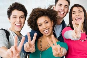 Pueden participar estudiantes de cualquier área, qu sean ciudadanos o residentes de la Unión Europea.