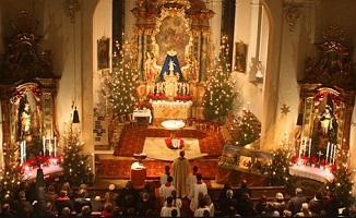 La Misa de Gallo es una tradición muy arraigada en América Latina, donde se celebra en casi todos los países de la región.