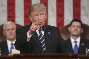 El presidente Trump quiere imitar el modelo de inmigración selectiva de Canadá y Australia.