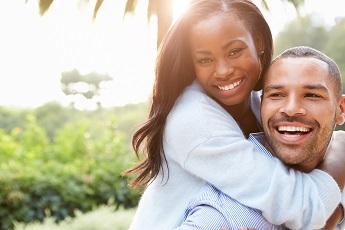 Canadá también anunció nuevas guías y formularios para la solicitud de apadrinamiento de parejas.