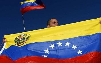 ACNUR pide protección adicional al asilo para los venezolanos que huyen.